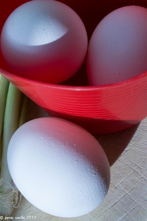 eggsredtub
